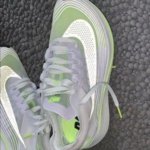 Nike Zoom Fly SP women's size 7.5 fit like 6.5-7.0